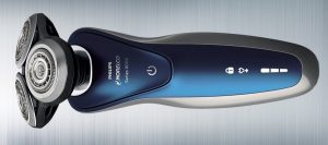 Reviewing the Philips Norelco Electric Shaver 8900